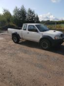 2003/53 REG NISSAN D22 2.5 DI 4X4 2.5 DIESEL WHITE PICK-UP, SHOWING 2 FORMER KEEPERS *NO VAT*