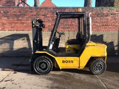 BOSS FORKLIFT 4 TON, FULL WORKING ORDER, C/W FRAZER ENGINE, CONTAINER SPEC, DUPLEX FREE LIFT MAST