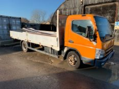 2008/09 REG MITSUBISHI FUSO CANTER 7C15 3.0 DIESEL ORANGE DROPSIDE LORRY, SHOWING 2 FORMER KEEPERS