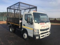 2013/13 REG MITSUBISHI FUSO CANTER 7C15 28 WHITE DIESEL CAGED TIPPER TRUCK, SHOWING 0 FORMER KEEPERS