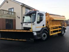 2010/59 REG VOLVO FE240 18 TON ECON GRITTER WITH PLOUGH EX COUNCIL ONLY 40,000 MILES *PLUS VAT*