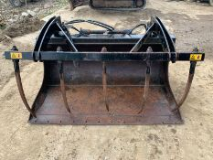WHITES 1930MM GRAPPLE BUCKET AG SPEC (TO FIT BOBCAT), YEAR 2012, MODEL T2250 *PLUS VAT*