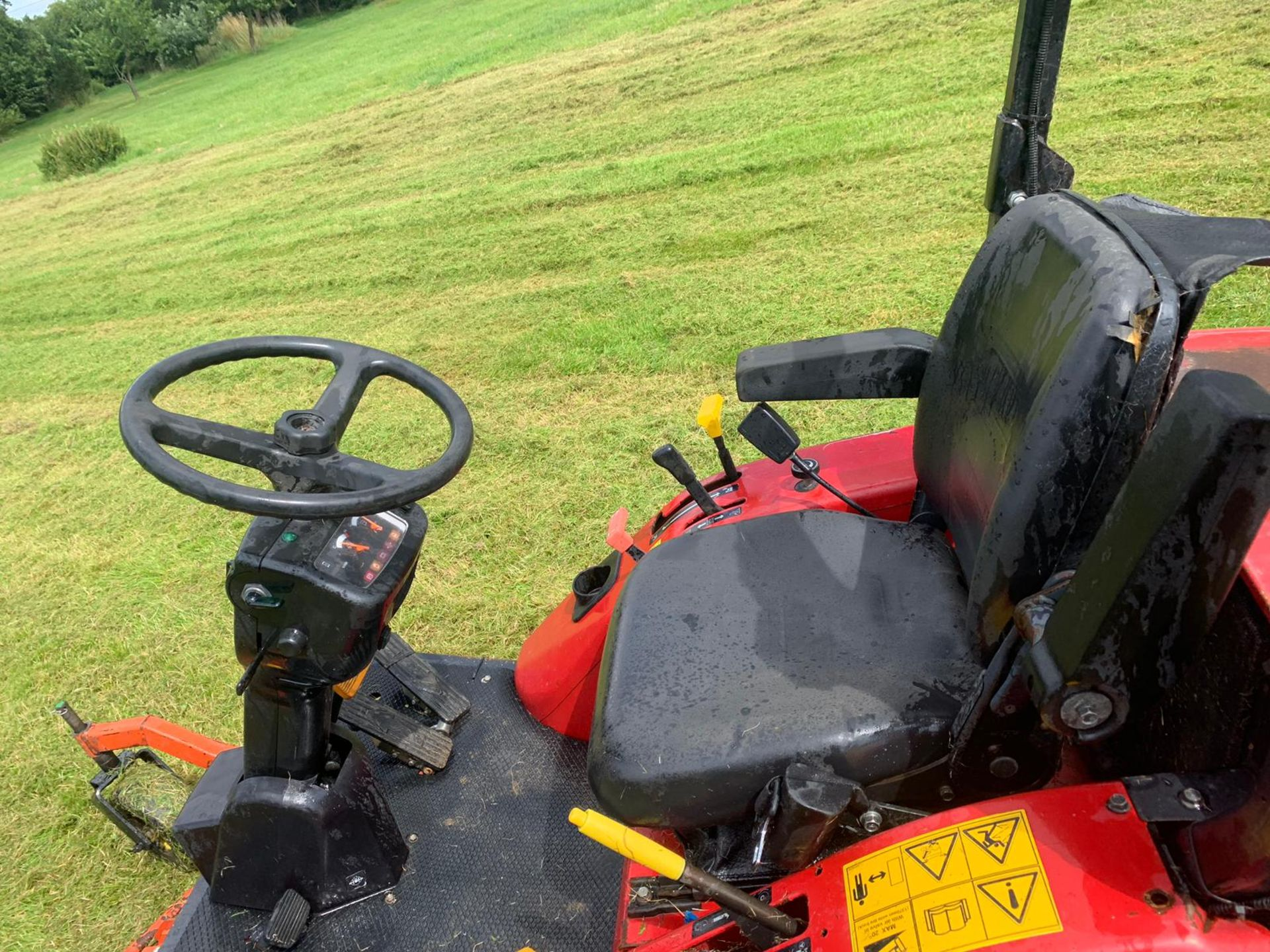 Lot 250 - 2013 SHIBAURA CM374 AUTO 4WD OUT FRONT ROTARY MOWER, RUNS, WORKS AND CUTS *PLUS VAT*