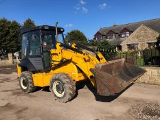 JCB 2CX AIR MASTERS, FULL GLASS CAB, 4 WHEEL DRIVE, 4 IN ONE BUCKET *PLUS VAT*