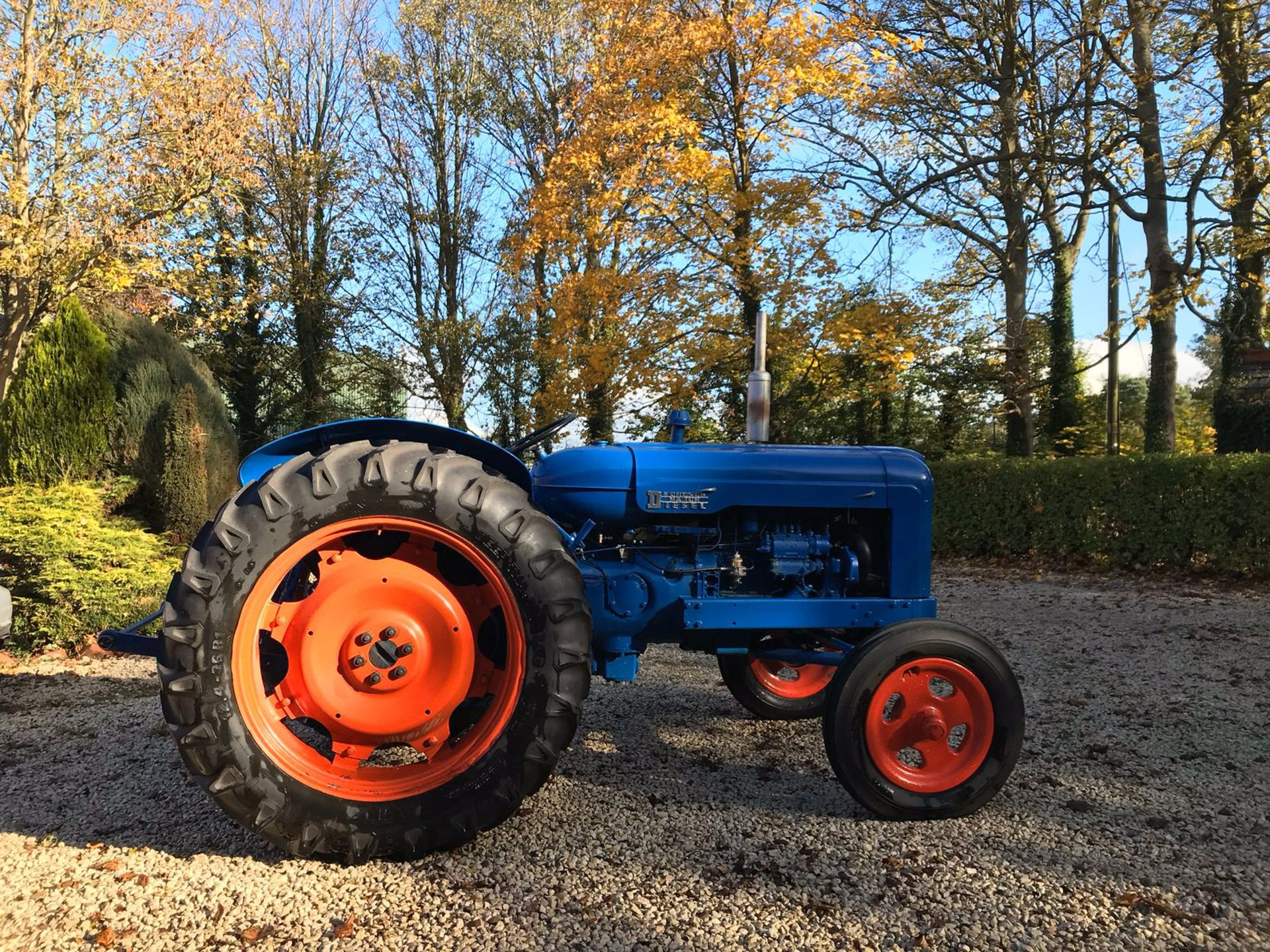 Lot 78 - FORDSON MAJOR BLUE DIESEL TRACTOR, RUNS AND WORKS *NO VAT*