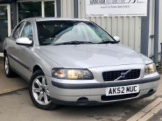 2002/52 REG VOLVO S60 T S 2.0 PETROL SILVER 4 DOOR SALOON, 60k miles ! SHOWING 2 FORMER KEEPERs