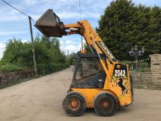 2000 MUSTANG SKIDSTEER LOADER, RUNS, DRIVES AND LIFTS, SHOWING 2085 HOURS *PLUS VAT*