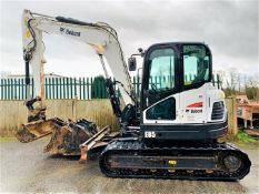 BOBCAT E85 RUBBER TRACKED DIGGER / EXCAVATOR, YEAR 2016, 3321 HOURS, AIR CON, 4 X BUCKETS *PLUS VAT*