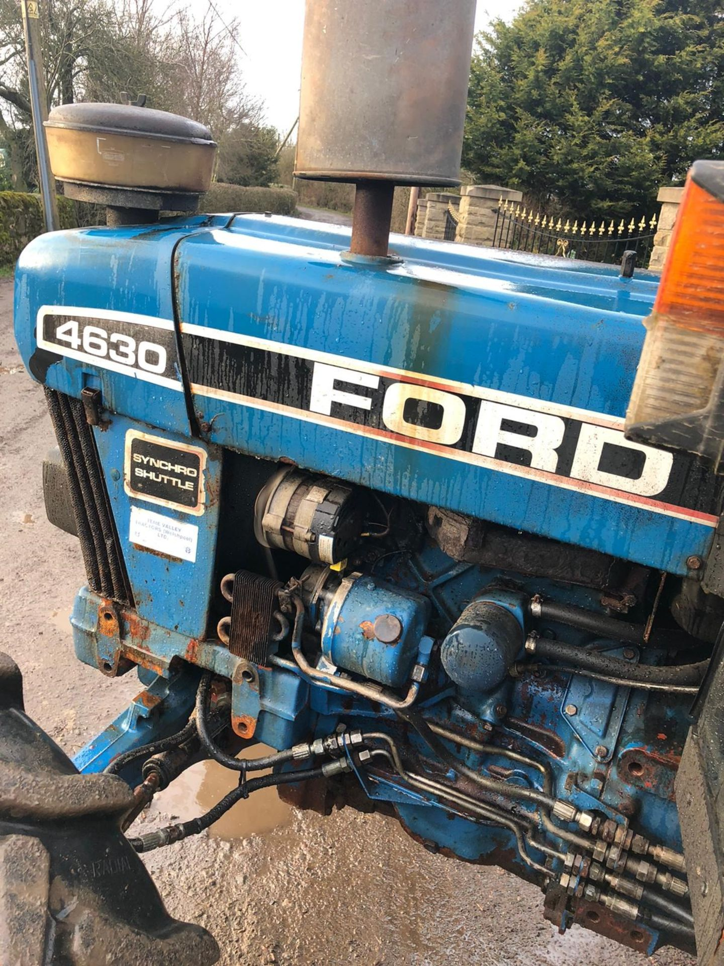 Lot 64 - FORD NEW HOLLAND 4630 BLUE TRACTOR, 4 WHEEL DRIVE, RUNS, WORKS AND DRIVES *PLUS VAT*