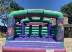 INDUSTRIAL BOUNCY CASTLE, ALL WORKS, ALL COMPLETE, 18FT X 18FT WIDE, BED IS LIKE NEW *NO VAT*
