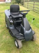 2018 MOUNT-FIELD RIDE ON LAWN MOWER, EX DEMO, RUNS, DRIVES AND CUTS *NO VAT*