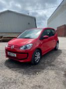 2013/13 REG VOLKSWAGEN MOVE UP 1.0 PETROL RED 3DR HATCHBACK, SHOWING 2 FORMER KEEPERS *NO VAT*