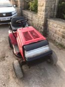 LAWNFLITE MODEL 555 RIDE ON LAWN MOWER WITH COLLECTOR, 12.5HP BRIGGS AND STRATTON ENGINE *NO VAT*