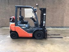 TOYOTA 2 TON GAS FORKLIFT, SERIES 8, MODEL 02-8FGFG20, CONTAINER SPEC, COUNTERBALANCE WITH SIDESHIFT