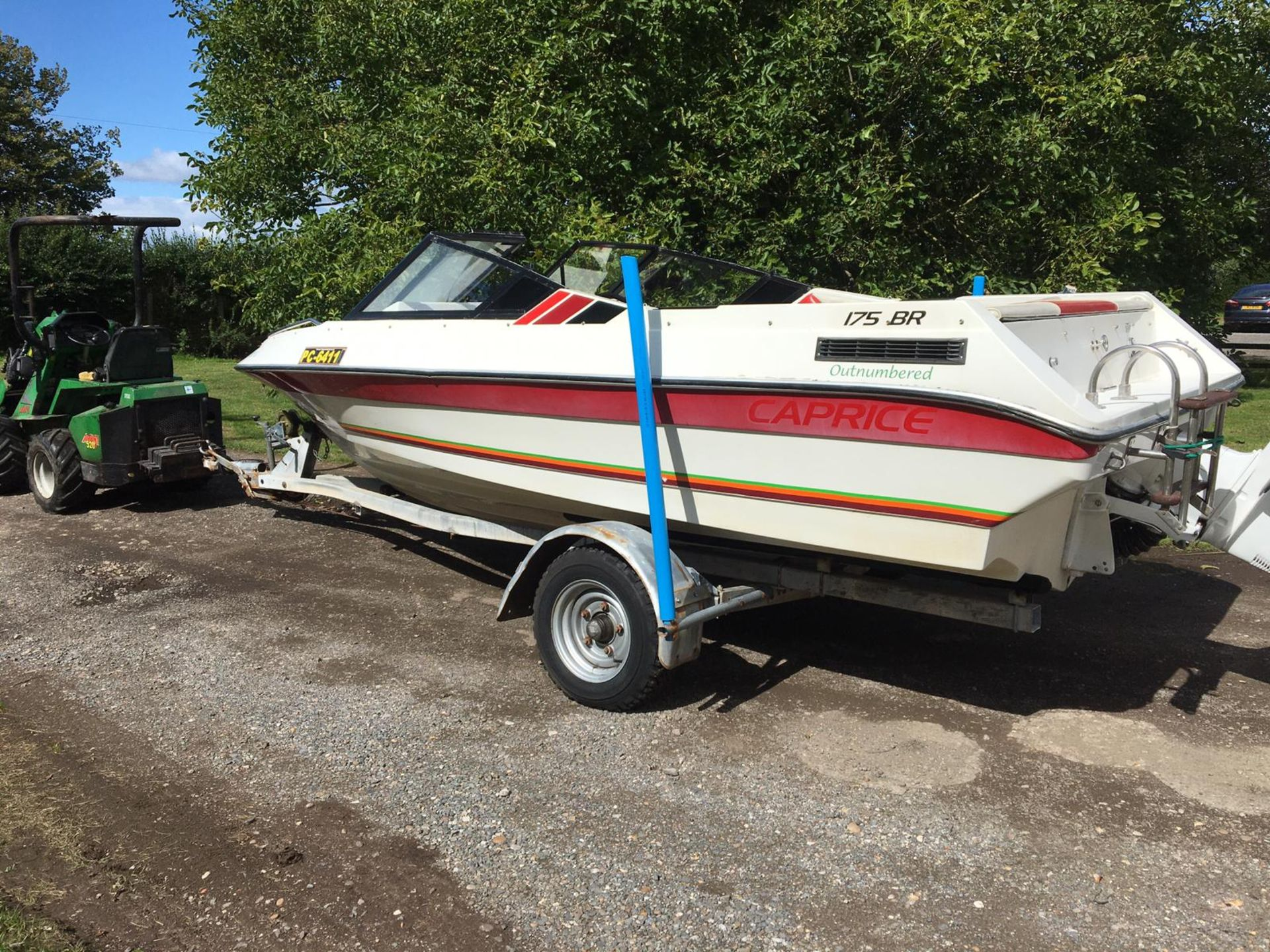 Lot 40 - BAYLINER 175 BOW RIDE NICE CLEAN TIDY BOAT, COMES WITH TRAILER AND LIGHT BOARD *NO VAT*