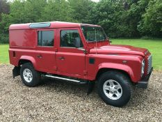 2013/63 REG LAND ROVER DEFENDER 110 TD XS UTILITY WAGON 2.2 DIESEL 125HP, SHOWING 2 FORMER KEEPERS