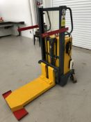 THIS FORKLIFT HAS A CAPACITY OF 250KG & WILL LIFT TO A HEIGHT OF 1M, FULL WORKING ORDER *PLUS VAT*