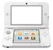 NINTENDO 3DS XL WHITE HANDHELD CONSOLE, C/W MARIO KART 7, IN WORKING ORDER WITH CHARGER *NO VAT*