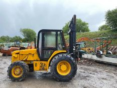 JCB 926 ROUGH TERRAIN FORKLIFT 4 WHEEL DRIVE, RUNS, WORKS AND LIFTS, YEAR 2003 *PLUS VAT*