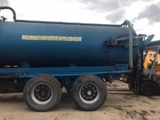 TWIN AXLE VACCUM TANKER UNTESTED COMES WITH 2 PUMPS *PLUS VAT*