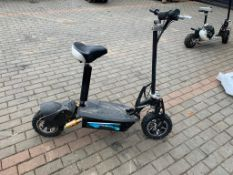 2000W ELECTRIC POWERED RIDE ON SCOOTER, YEAR 2018, IN GOOD ORDER, C/W CHARGER *PLUS VAT*