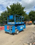 2007 GENIE GS-3268 SCISSOR LIFT, RUNS, DRIVES AND LIFTS, SHOWING 2950 HOURS 4X4 *PLUS VAT*