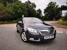 2009/09 REG VAUXHALL INSIGNIA ELITE NAV CDTI 2.0 DIESEL AUTO 4 DOOR SALOON, SHOWING 3 FORMER KEEPERS