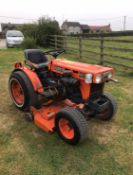 KUBOTA B5100 COMPACT TRACTOR, WITH UNDERSLUNG MOWER, 2 WHEEL DRIVE, REAR PTO *NO VAT*