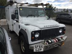 2015/65 REG LAND ROVER DEFENDER 130 2.2 TURBO DIESEL WHITE, SHOWING 0 FORMER KEEPERS *PLUS VAT*