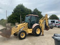 NEWHOLLAND NH95 DIGGER LOADER, 4 WHEEL DRIVE, 4-IN-1 BUCKET, EXTRA DIG, RUNS, WORKS AND DIGS