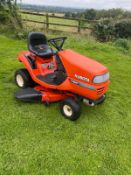 KUBOTA T1560 AUTO THROTTLE RIDE ON LAWN MOWER, RUNS, DRIVES AND CUTS *NO VAT*