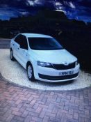 2014/14 REG SKODA RAPID E TDI CR 1.6 DIESEL WHITE 5 DOOR HATCHBACK, SHOWING 3 FORMER KEEPERS *NO VAT