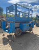 2007 GENIE GS-3268 SCISSOR LIFT, RUNS, DRIVES AND LIFTS, SHOWING 2990 HOURS, 4X4 *PLUS VAT*