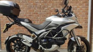2015/15 REG DUCATI MULTISTRADA 1200 S TOURIN 1.2 PETROL SILVER MOTORCYCLE, SHOWING 1 FORMER KEEPER
