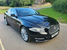 2010/10 REG JAGUAR XJ PREMIUM LUXURY V6 DIESEL AUTOMATIC BLACK 4 DOOR SALOON *NO VAT*