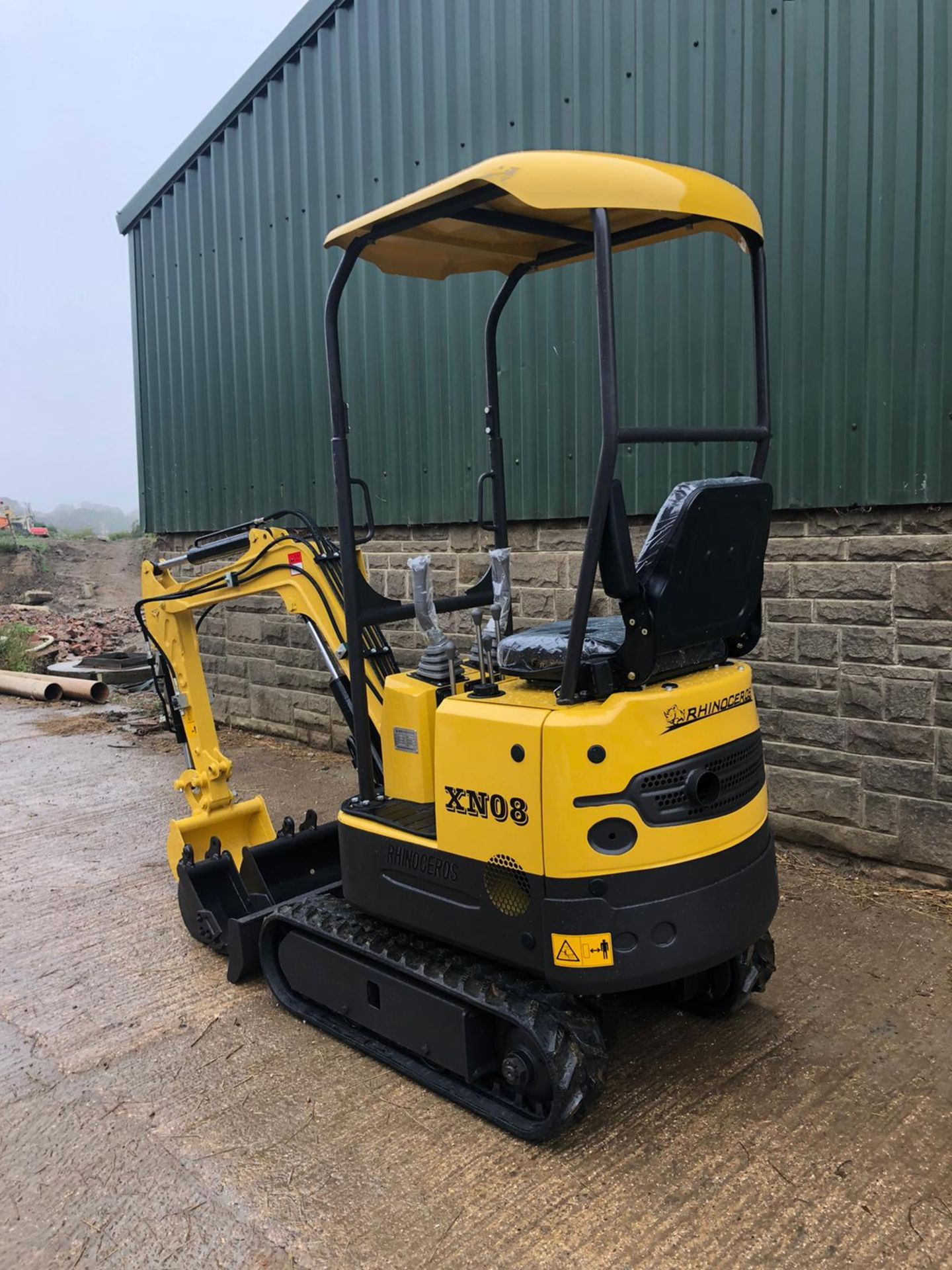 2020 RHINOCEROS XN08 EXCAVATOR RUBBER TRACKS, CANOPY, 3 X BUCKETS, RUNS, DRIVES AND DIGS *PLUS VAT* - Image 4 of 5