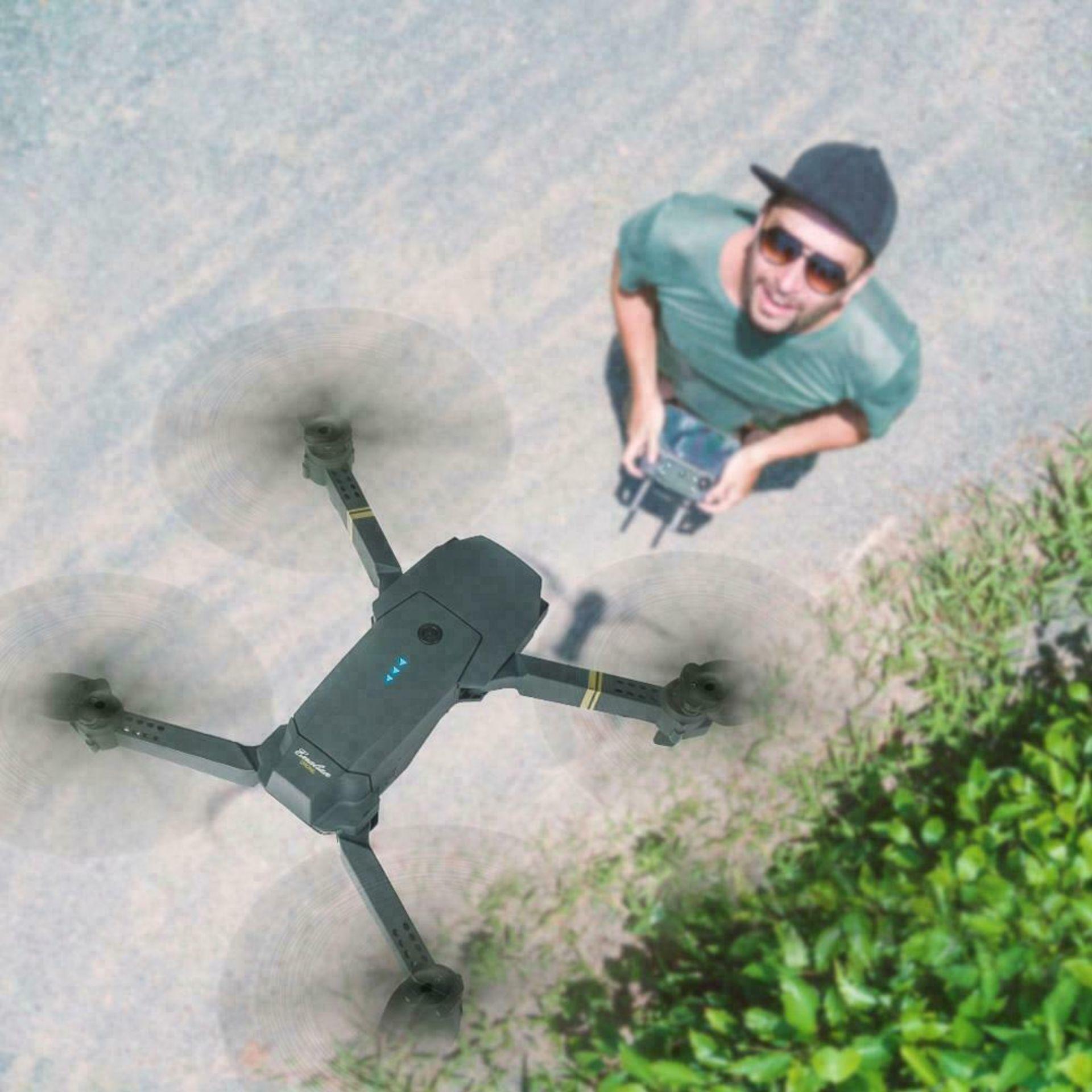 NEW & UNUSED DRONE X PRO WIFI FPV 1080P HD CAMERA FOLDABLE RC QUADCOPTER + BAG *PLUS VAT* - Image 8 of 9