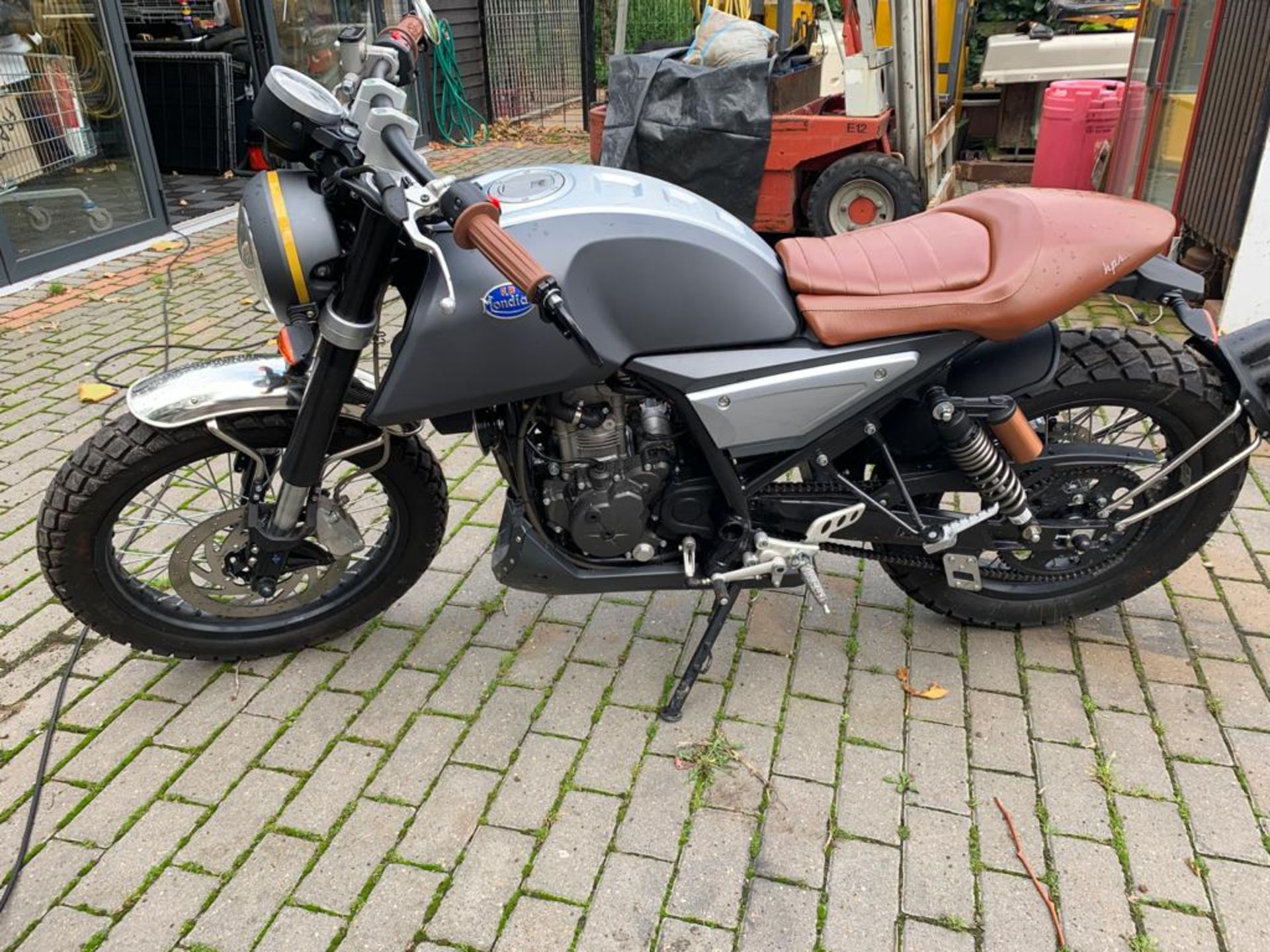 2018/18 REG MONDIAL HPS 125 S E4 SCRAMBLER MOTORBIKE / MOTORCYCLE, ROAD REGISTERED WITH V5 PRESENT - Image 2 of 11