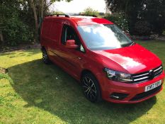 2017/17 REG VOLKSWAGEN CADDY MAXI C20 HIGHLINE TDI 2.0 DIESEL RED PANEL VAN, SHOWING 1 FORMER KEEPER