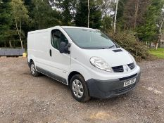 2013/13 REG RENAULT TRAFIC SL29 DCI 2.0 DIESEL WHITE PANEL VAN, SHOWING 1 FORMER KEEPER *NO VAT*