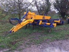 2015 TWB 4M TRAILED SUBSOILER, HYDRAULIC FOLDING, FRONT CUTTING DISCS, DOUBLE DD REAR PACKER