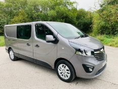 2019/19 REG RENAULT TRAFIC LL29 SPORT NAV ENERGY 1.6 DIESEL GREY CREW VAN, SHOWING 0 FORMER KEEPERS