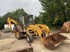 MASSEY FERGUSON 30H FRONT LOADER BACK ACTOR, RUNS, WORKS AND DRIVES *PLUS VAT*