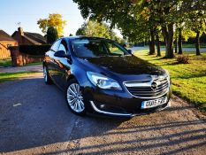 2015/15 REG VAUXHALL INSIGNIA DESIGN NAV CDTI ECO 2.0 DIESEL BLACK, SHOWING 0 FORMER KEEPERS *NO VAT
