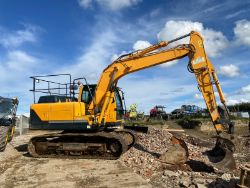 2015 HYUNDAI ROBEX 140LC-9A 14 TON EXCAVATOR, 2020 MOWERS, PORSCHE GT3'S, BENTLEY, RANGE ROVER, HIGH VALUE CARS & 4X4'S ENDS SUNDAY FROM 7PM!
