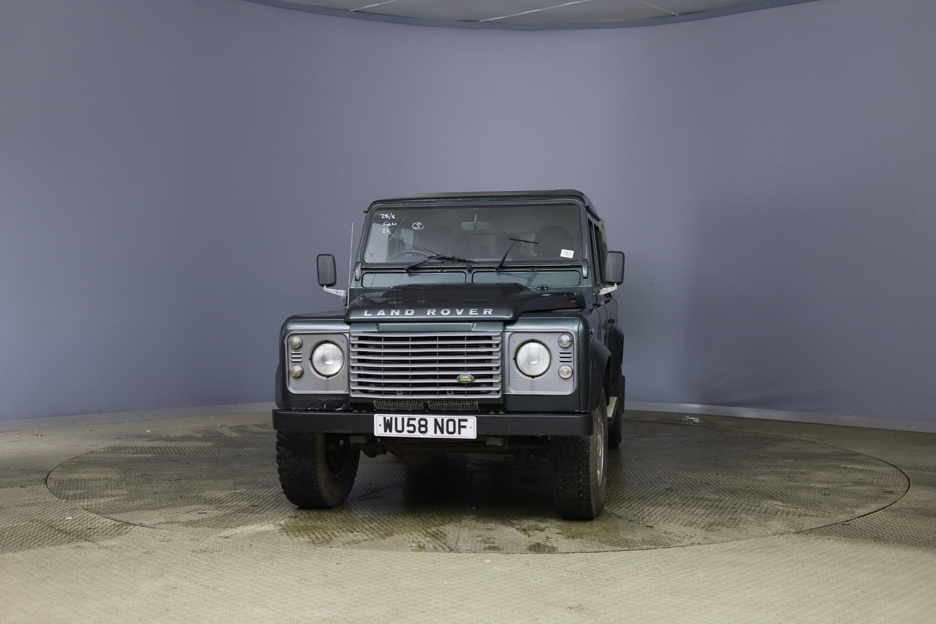 2008/58 REG LAND ROVER DEFENDER 110 XS DC LWB 2.4 DIESEL GREEN LIGHT 4X4, SHOWING 2 FORMER KEEPERS - Image 2 of 12