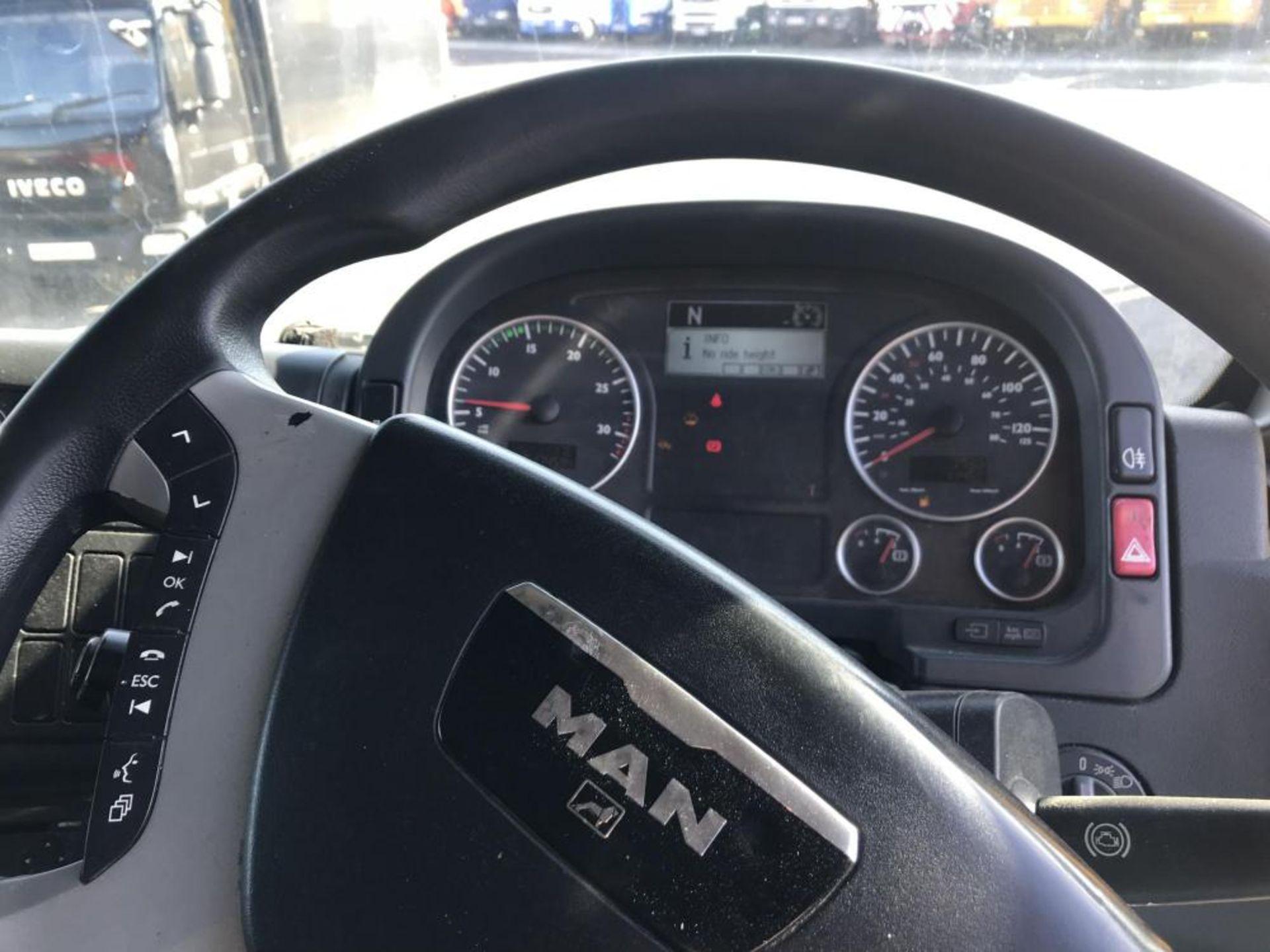 2012/12 REG MAN TG-M 18.250 4X2 LL L 6.9L DIESEL SLEEPER CAB AUTO GEARBOX GOOD CONDITION *PLUS VAT* - Image 10 of 15