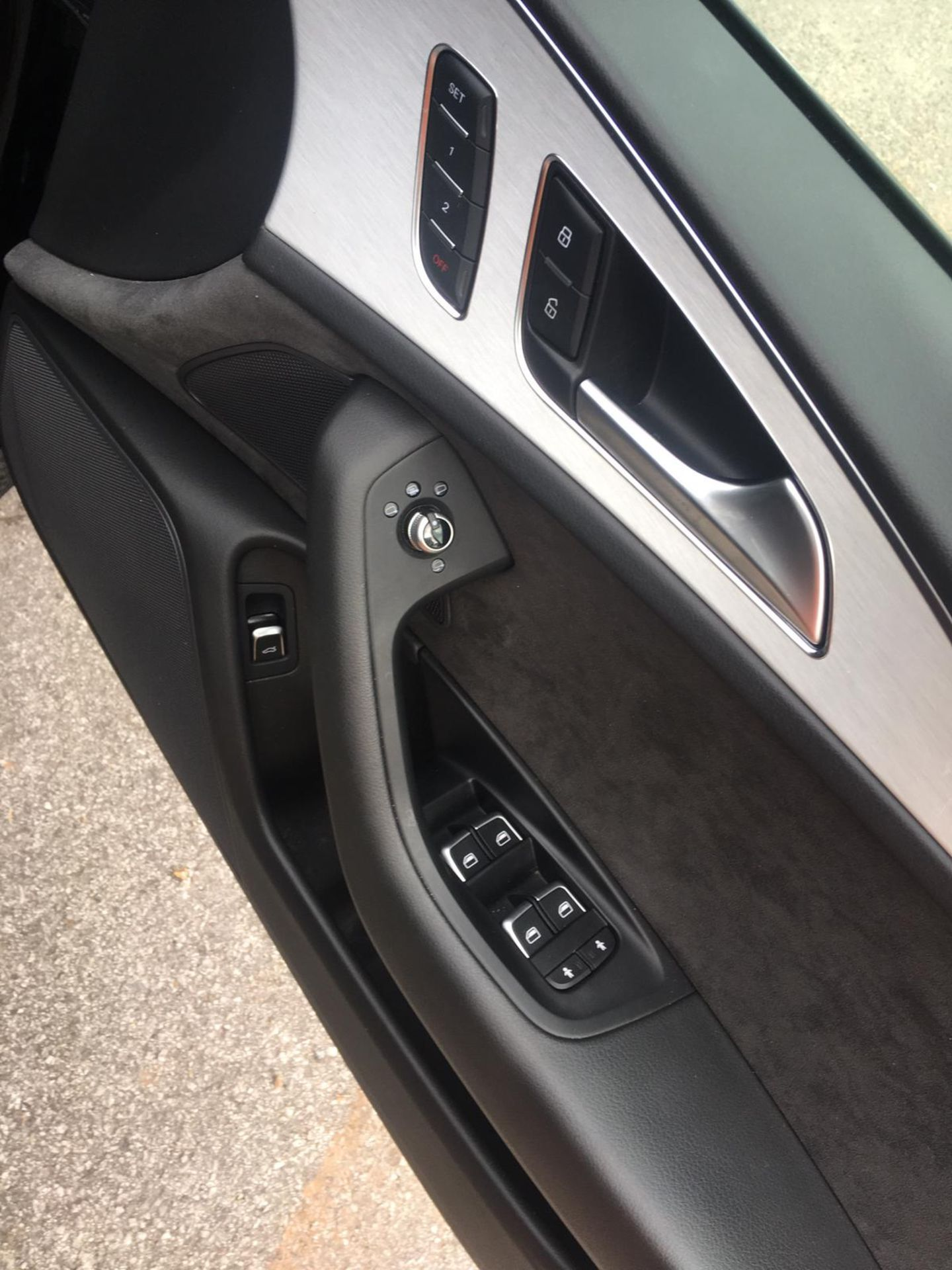 2018/18 REG AUDI A6 S LINE TDI ULTRA SEMI-AUTO 2.0 DIESEL ESTATE, SHOWING 1 FORMER KEEPER *NO VAT* - Image 22 of 33