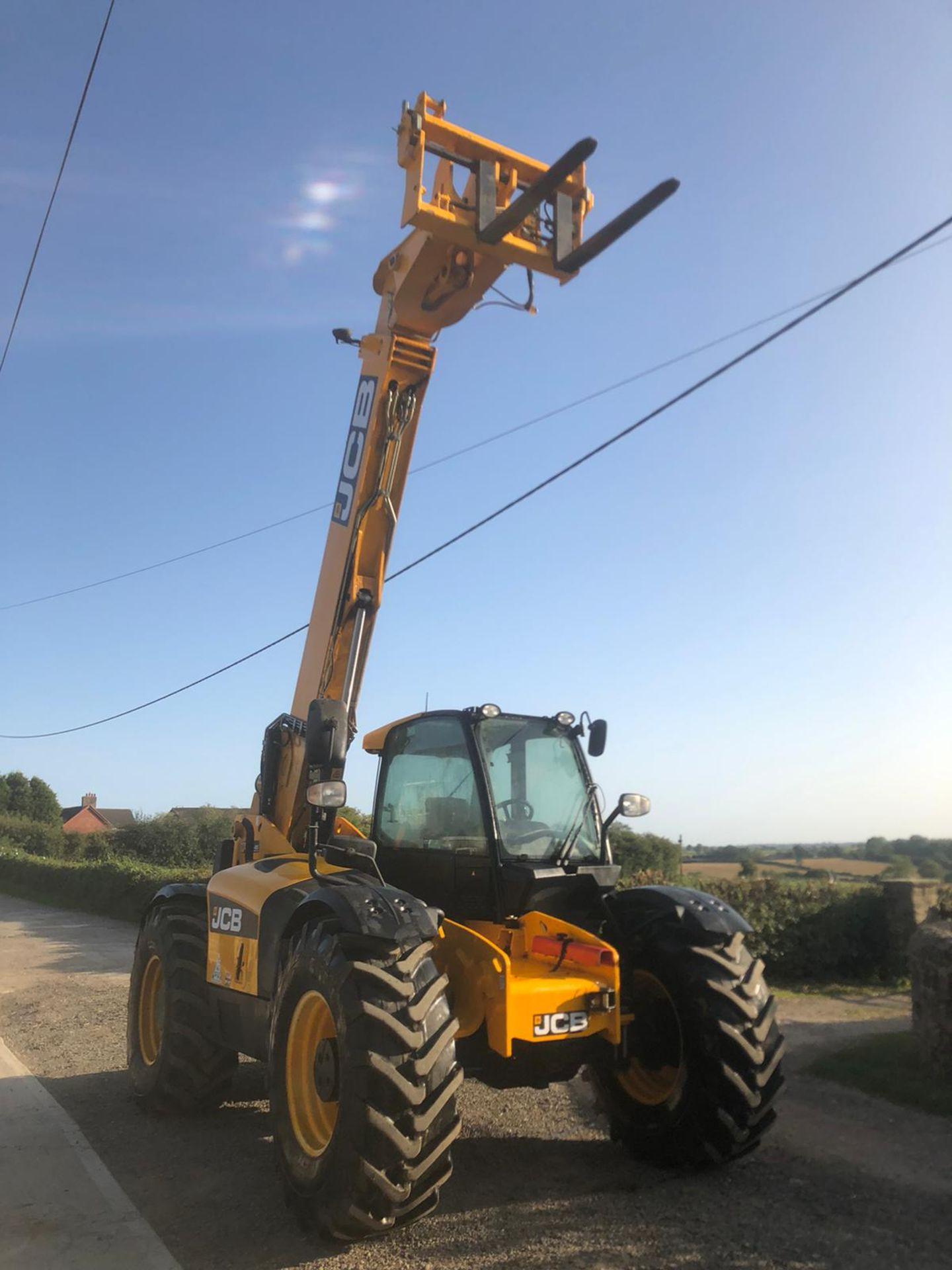 2012 JCB 550-80 AGRI PLUS TELEHANDLER, RUNS, DRIVES AND LIFTS, SHOWING 4214 HOURS *PLUS VAT* - Image 2 of 11