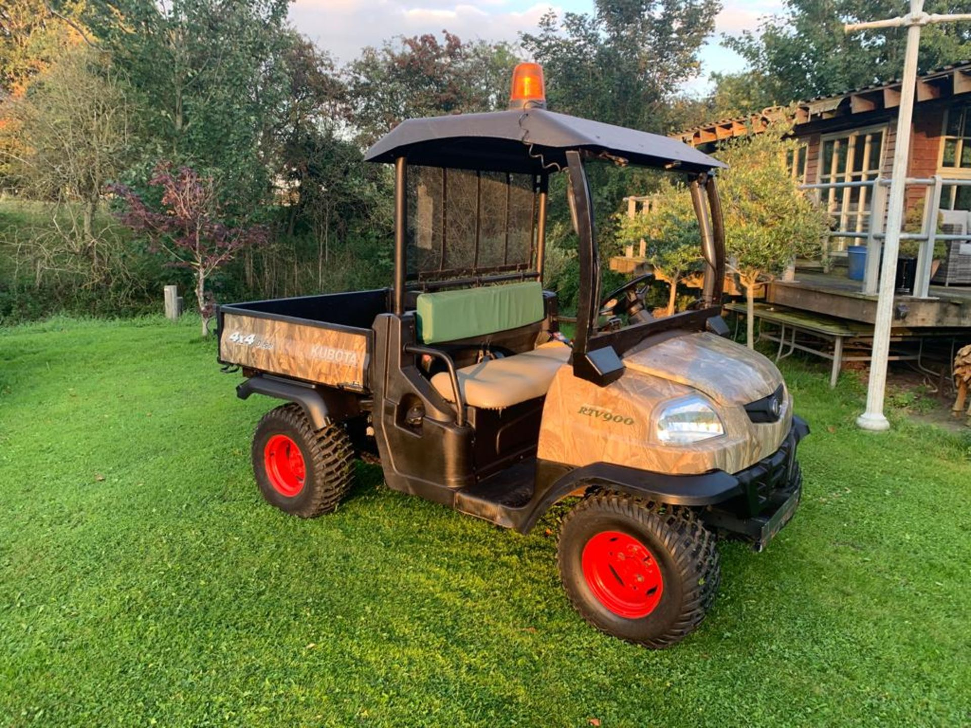 KUBOTA 4X4 DIESEL HYDRAULIC TIPPER BUGGY, RUNS, WORKS AND TIPS *PLUS VAT* - Image 2 of 22